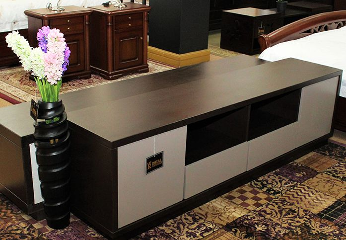 Accessories Royal Furnishers